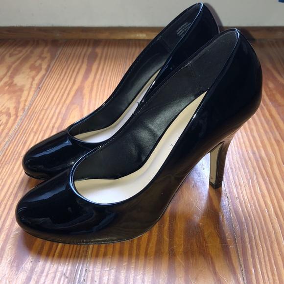 Nwot Black Patent Leather Round Toe